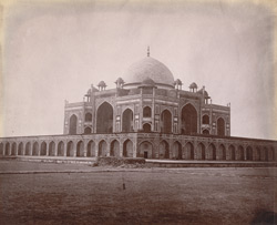 General view of Humayun's Tomb, Delhi. 1003893